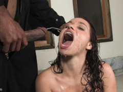 Blowjobs relaxes him and get do peeing right into her mouth
